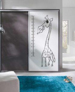 Šatní skříň se žirafou Monita 3