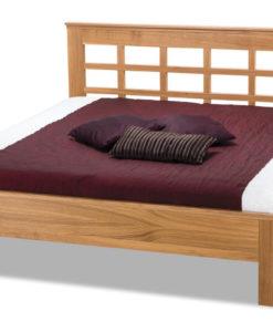 Dřevěná postel s čelem Valtraud