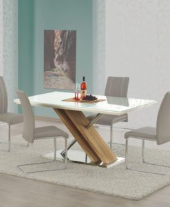 Jídelní stůl Avidan